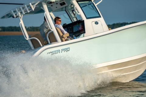 "Meet Sea Pro's ""Next Wave"" 320 Deep-V"